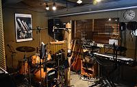 Today in the studio... (photo upload thread)-studio_2.jpg