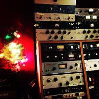 Show me your studio Xmas tree-6d8a3944-ed60-486c-ab9d-22fcb456494b.jpg