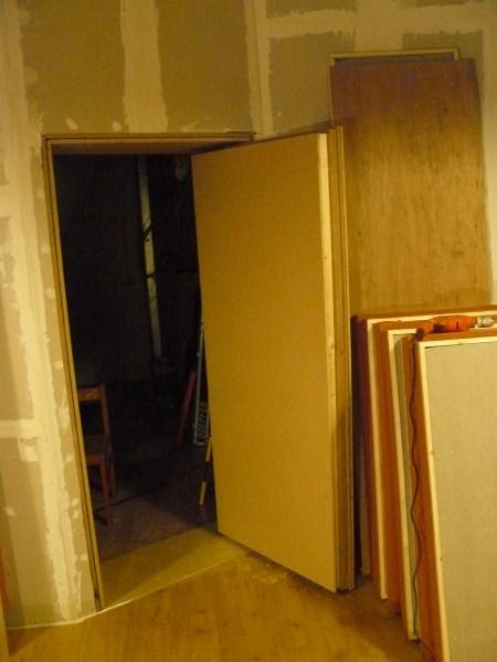 How do i soundproof a door p1000729 800x600 jpg