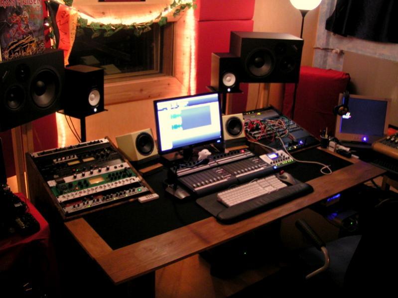 Diy Producer Desk Gearz