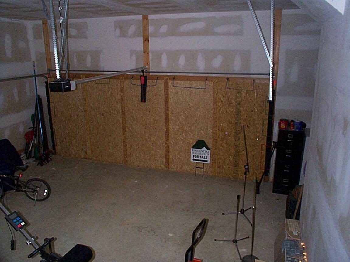 Garage Door / Blocking Sound Garage Dxoor