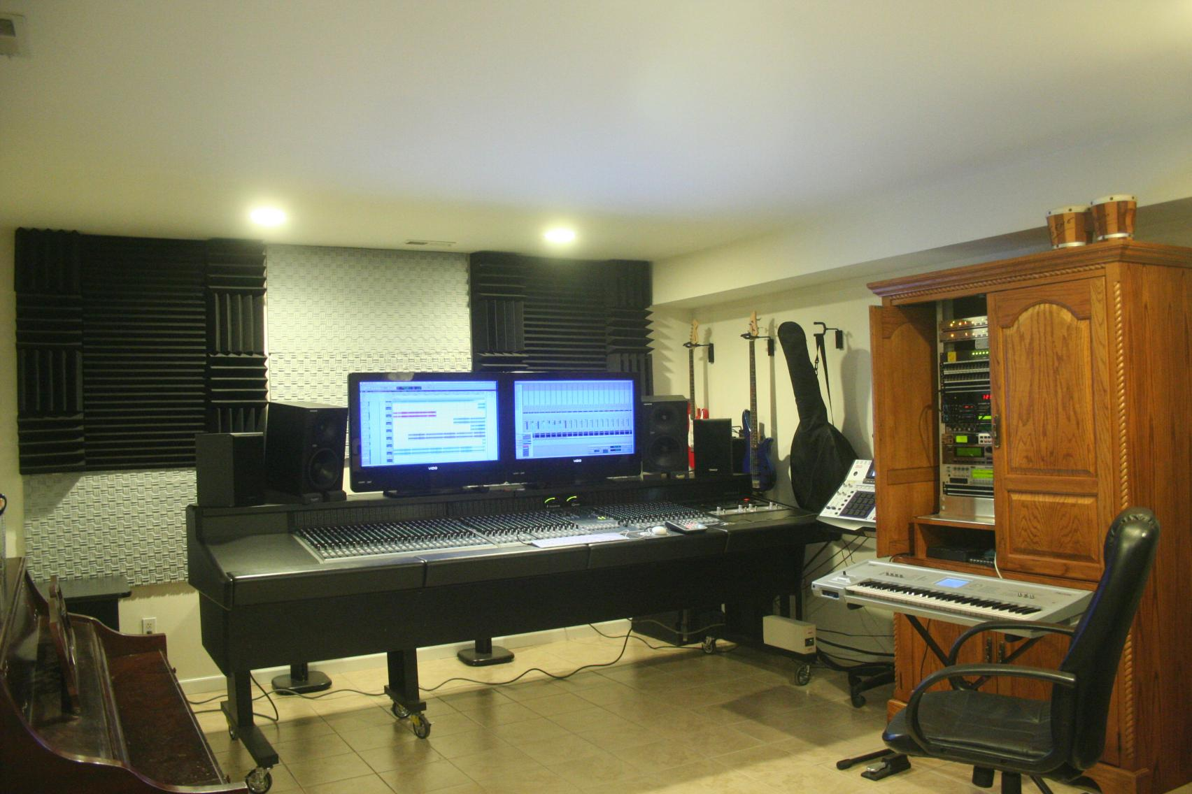 Treating and reducing low end sound transmission with for Reduce sound in a room