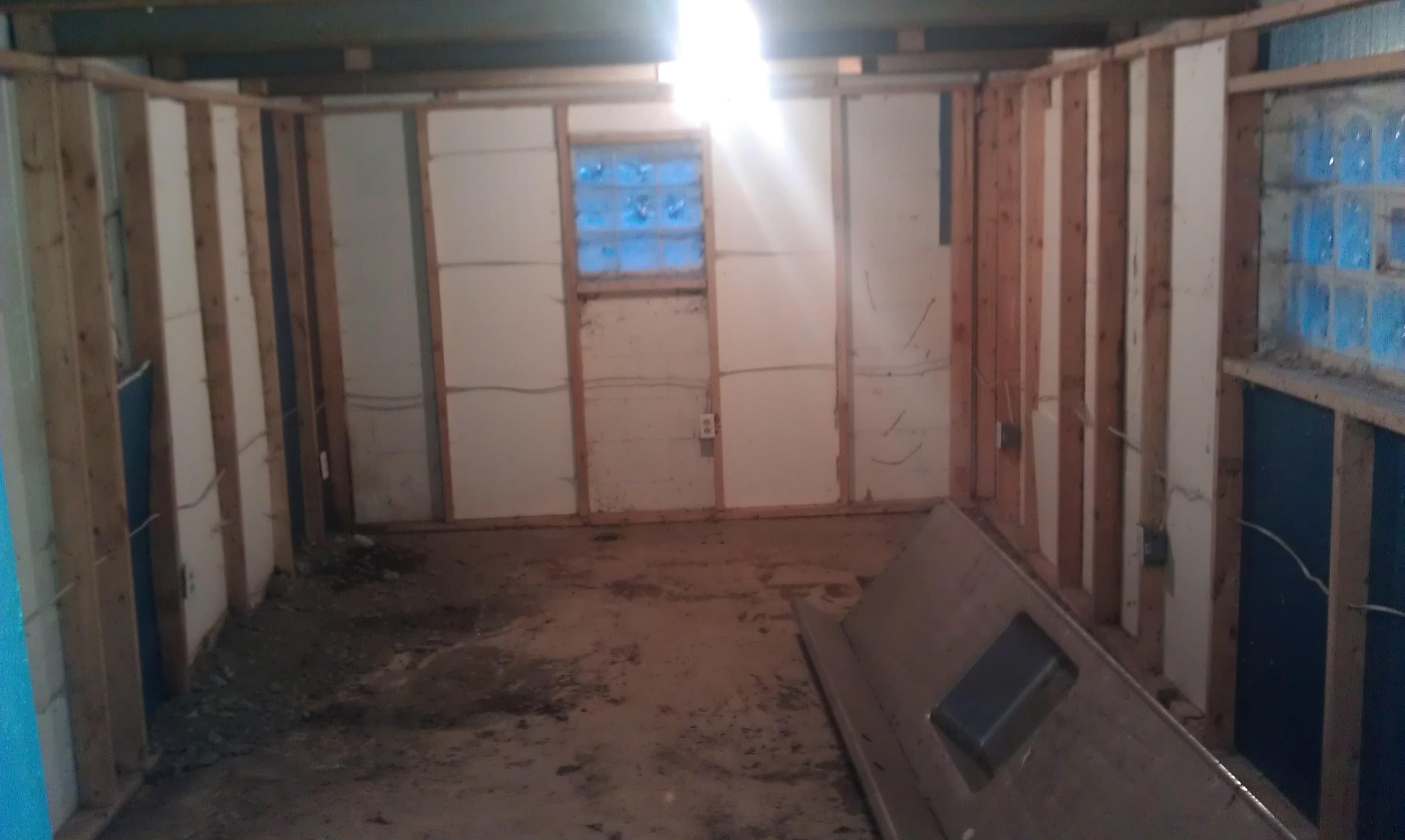 Building studio in garage help gearslutz pro audio for Garage con studio