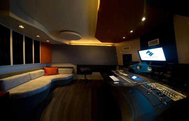 Single Room Recording Studio Design