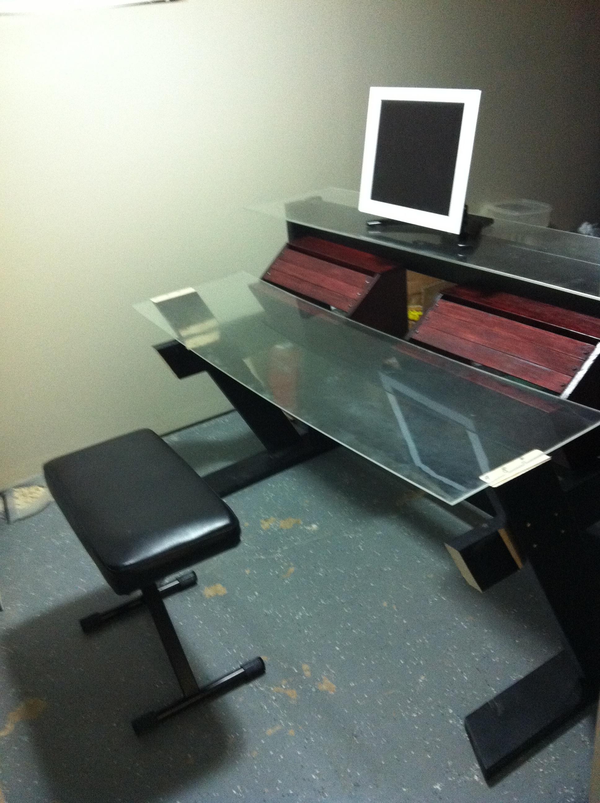DIY Studio Desk/Keyboard Workstation under 0-img_1800.jpg