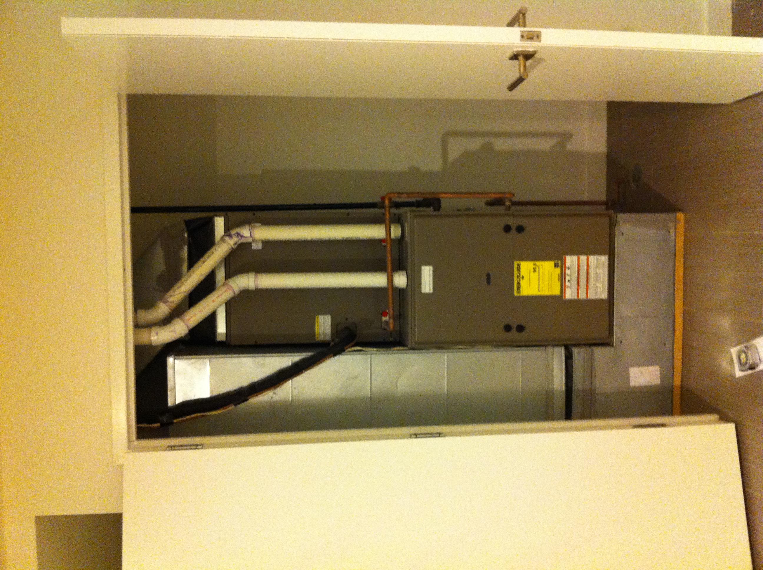 HVAC/Air Handler Closet Img_2179 ...