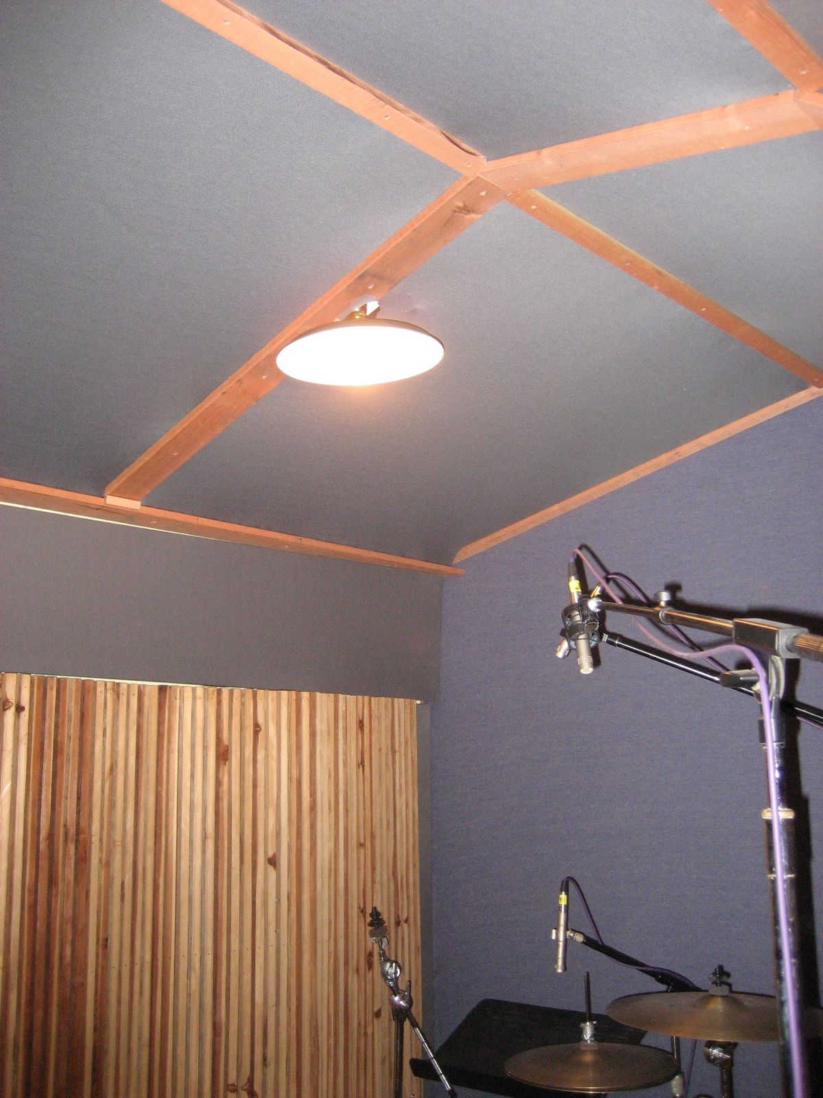 anybody here cover their ceiling in fabric gearslutz pro audio community. Black Bedroom Furniture Sets. Home Design Ideas