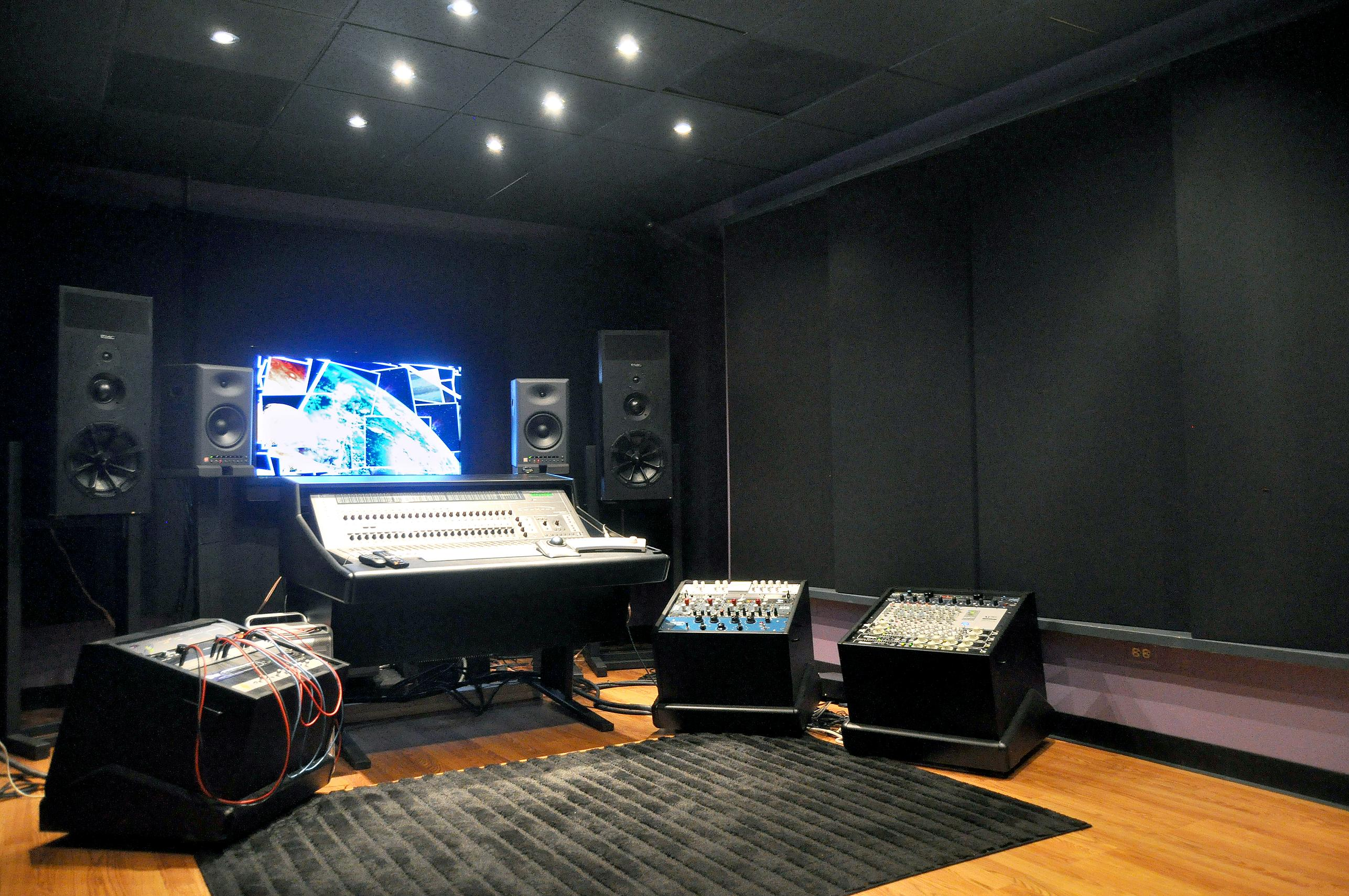Studio rooms design
