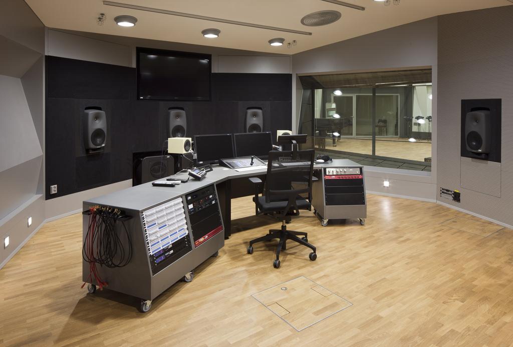 5 1 Surround Mains Angled Down Gearslutz Pro Audio