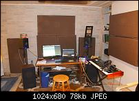 New Studio - COncrete Basement Room-dsc04981.jpg