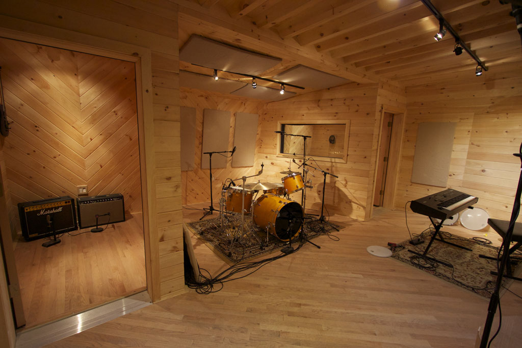 help pimp my studio gearslutz pro audio community. Black Bedroom Furniture Sets. Home Design Ideas