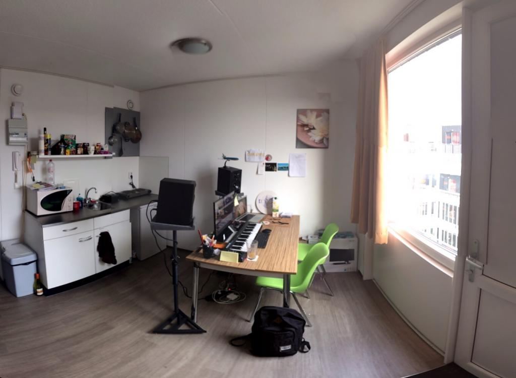 Help With Desk And Monitor Positioning In Small Room Noob Photo 2