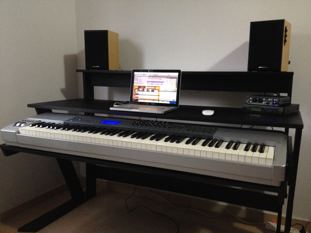DIY Studio Desk/Keyboard Workstation Under 0 Img_4205 ...