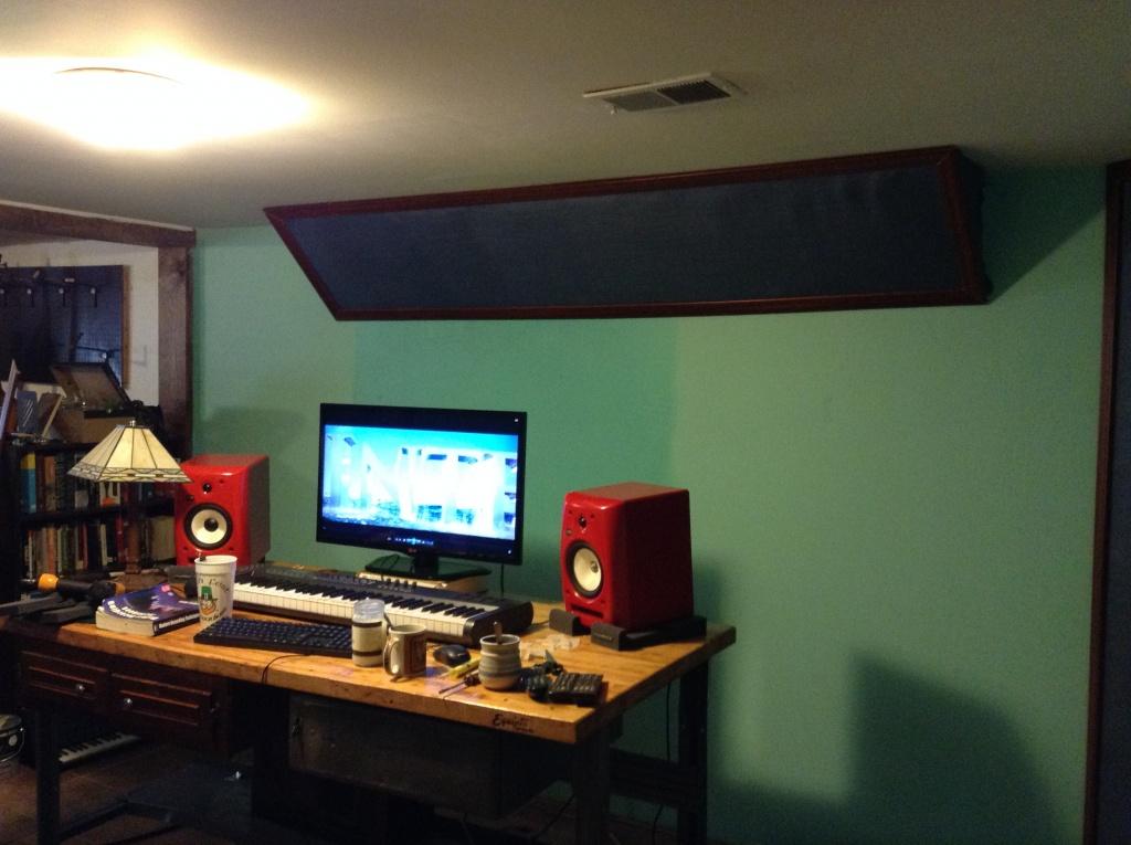Symmetrical Room studio design help & symmetrical balance in a control room + bass