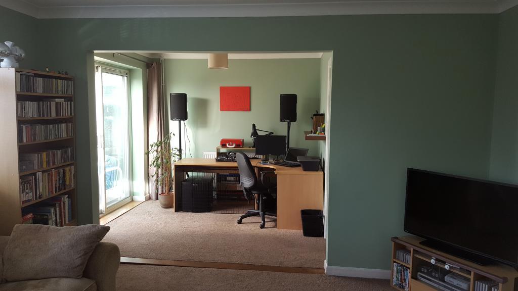treating soundsystem in a living room gearslutz