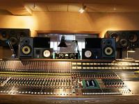 Equilateral triangles/ monitor placement.-studio-speakers-not-30deg-4.jpg