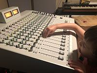 Halleluyah, I hath touched real faders again-xtramix.jpg